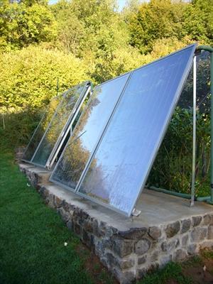 Casa in legno con impianto solare per il riscaldamento e l - Casa in legno su lastrico solare ...