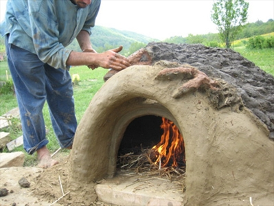 Come costruirsi un forno green in terra cruda for Forno a legna fai da te economico